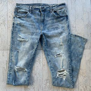 NEW! AEO Stacked Skinny Jeans Young Money Edition